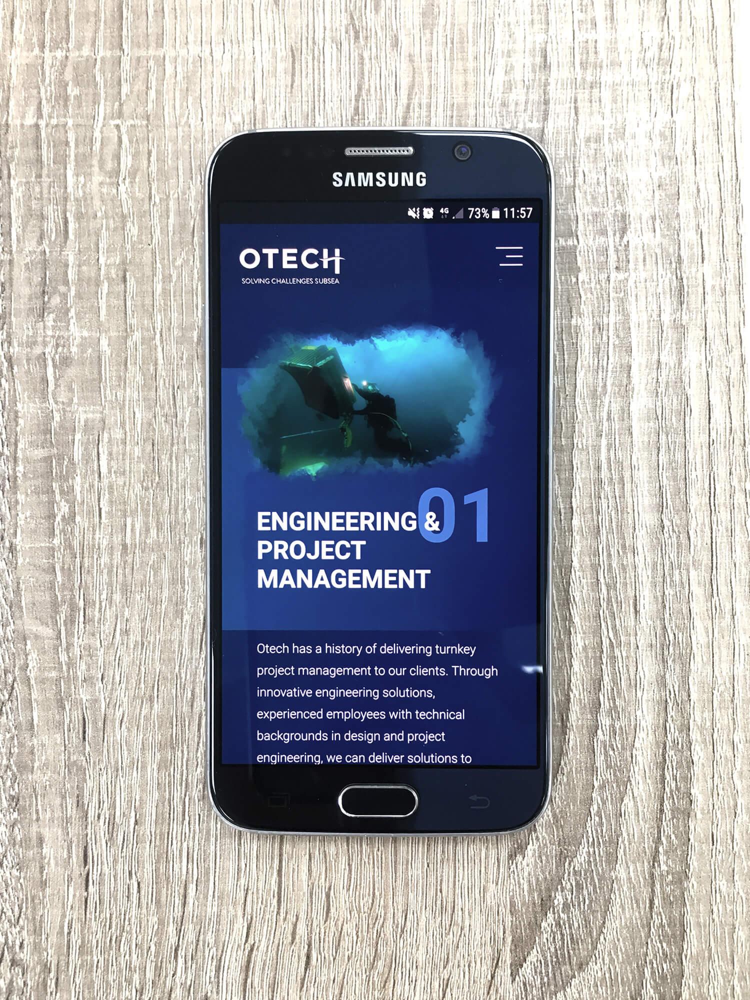 Web Otech en un smartphone